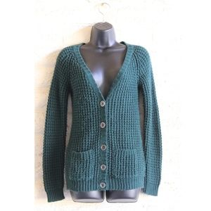 $5/15 Forest green knit cardigan sweater